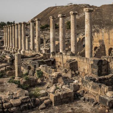 מבנים עתיקים בבית שאן
