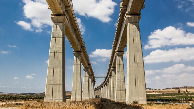 גשרי רכבת ענקיים