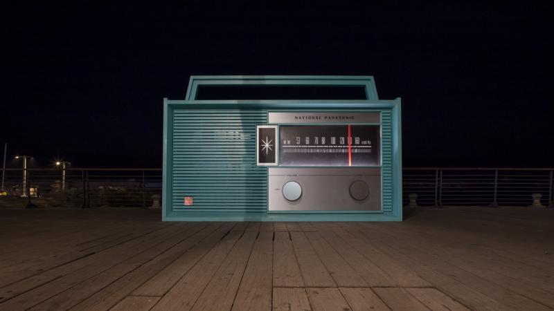 רדיו ענק, נמל יפו