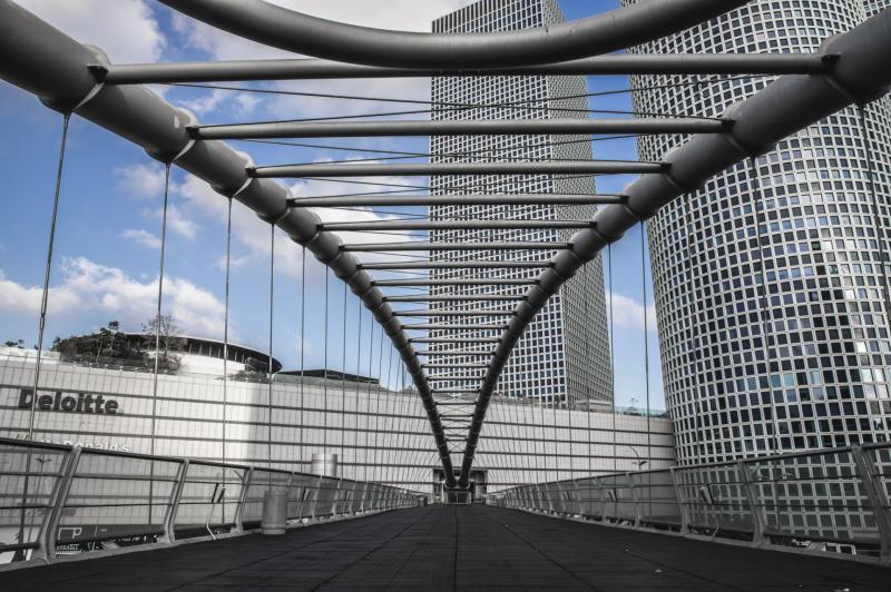 גשר עזריאלי