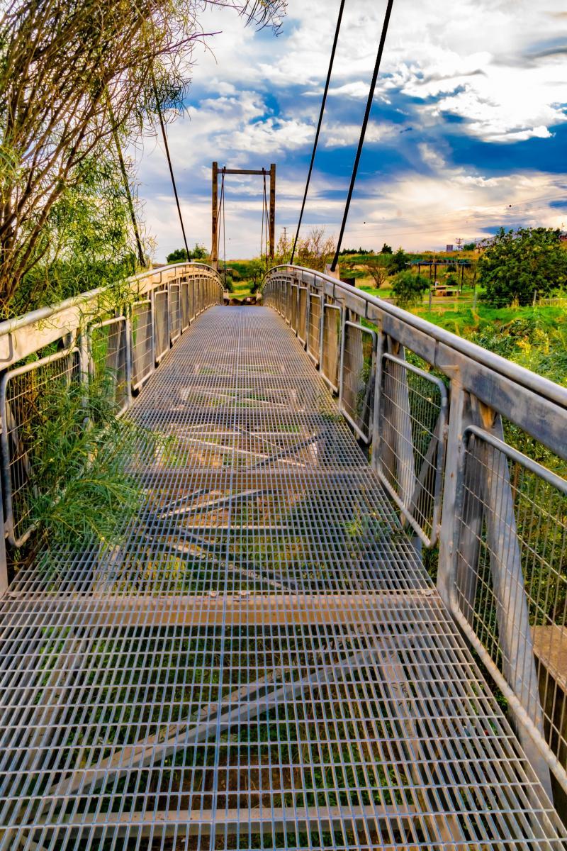 גשר קניון בזלת