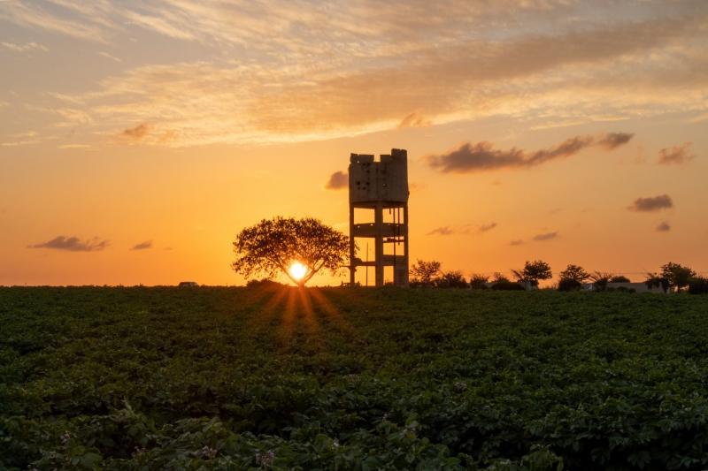 מגדל מים הישנה של בארות יצחק